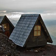 nyiragongo-volcano-shelters